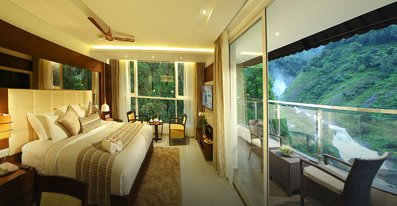 nature hotels in munnar