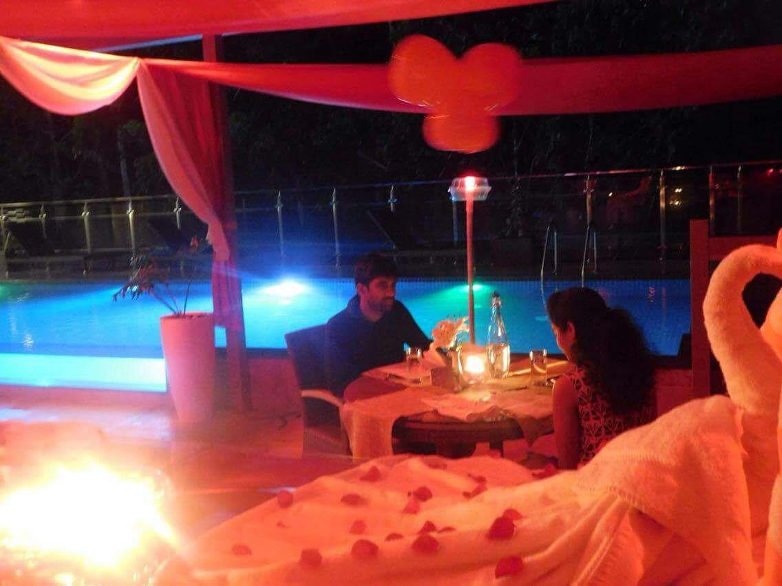 candle light dinner at blanket munnar